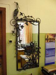 Кованое зеркало.