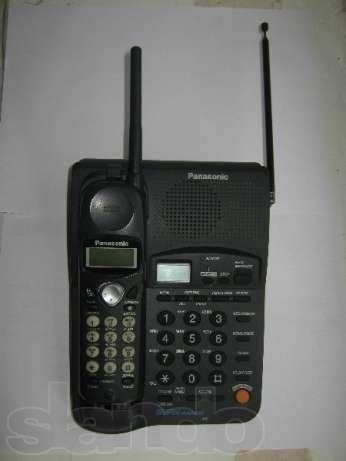 Продаю телевизор Sony Trinetron KV-M2181KR с телетекстом, диагональ 54 см., тумбочку под телевизор., радиотелефон.